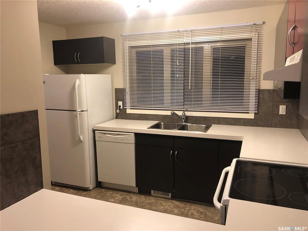 Photo 6: Photos: 5210 Jim Cairns Boulevard in Regina: Harbour Landing Residential for sale : MLS®# SK772412