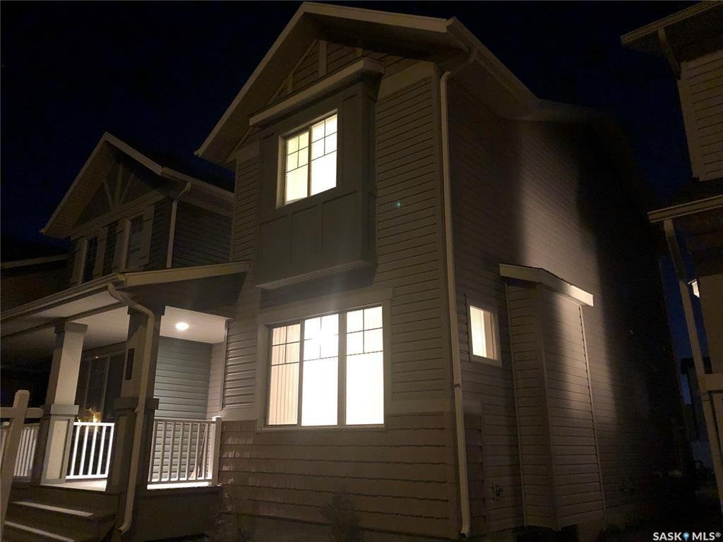 Photo 21: Photos: 5210 Jim Cairns Boulevard in Regina: Harbour Landing Residential for sale : MLS®# SK772412
