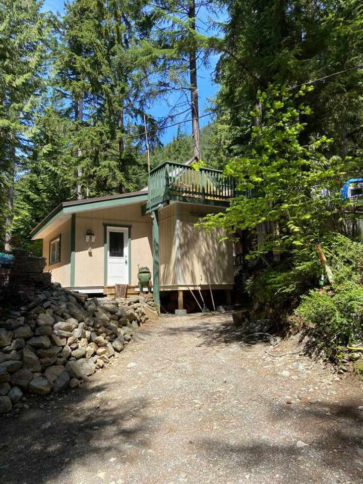 """Main Photo: H24 HUCKLEBERRY Trail in Hope: Hope Sunshine Valley Land for sale in """"HUCKLEBERRY VILLIAGE"""" : MLS®# R2449775"""