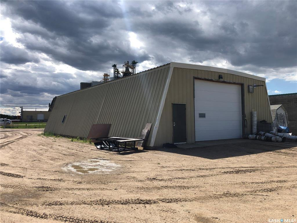 Main Photo: 10032 Marquis Avenue in North Battleford: Parsons Industrial Park Commercial for sale : MLS®# SK812931
