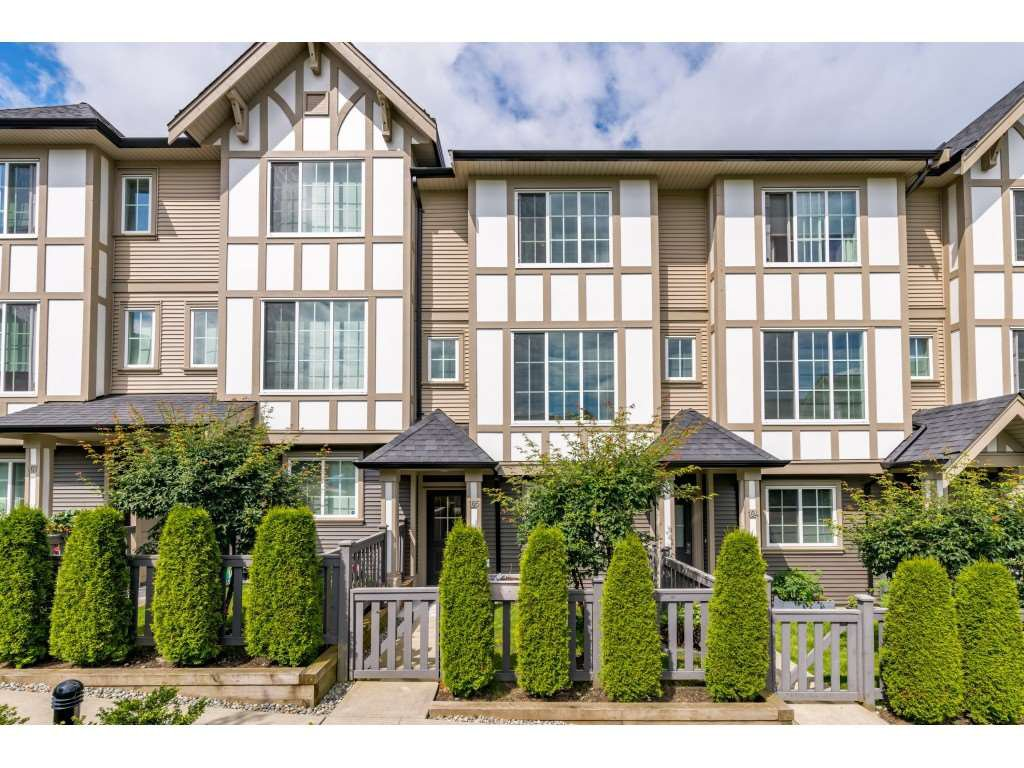 """Main Photo: 105 30989 WESTRIDGE Place in Abbotsford: Abbotsford West Townhouse for sale in """"Brighton"""" : MLS®# R2472362"""