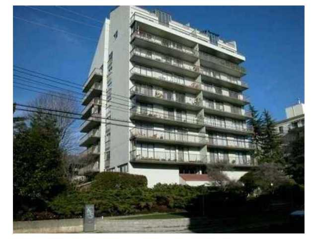 "Photo 2: Photos: 802 1745 ESQUIMALT Avenue in West Vancouver: Ambleside Condo for sale in ""Lion Crest"" : MLS®# V895582"
