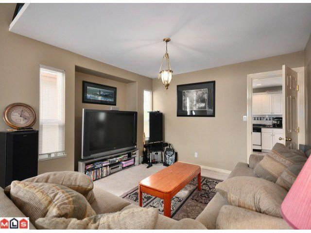 Photo 2: Photos: 15449 82A Avenue in Surrey: Fleetwood Tynehead House for sale : MLS®# F1122243