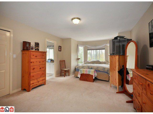 Photo 7: Photos: 15449 82A Avenue in Surrey: Fleetwood Tynehead House for sale : MLS®# F1122243