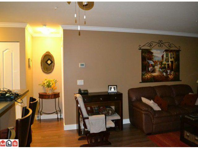 """Photo 6: Photos: 112 33728 KING Road in Abbotsford: Poplar Condo for sale in """"College Park"""" : MLS®# F1124351"""