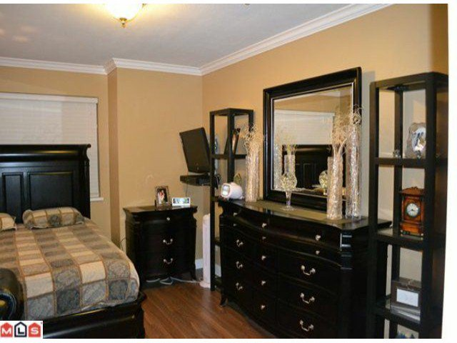 """Photo 9: Photos: 112 33728 KING Road in Abbotsford: Poplar Condo for sale in """"College Park"""" : MLS®# F1124351"""