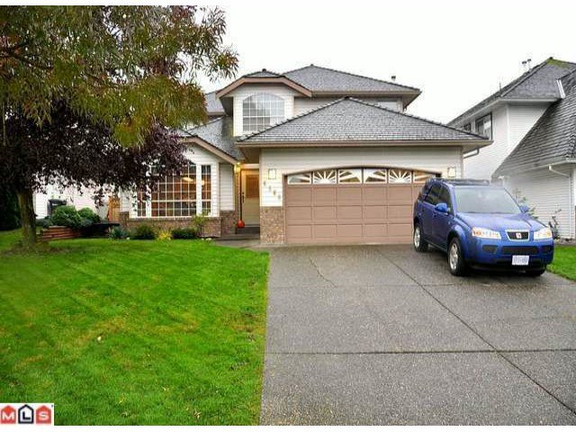 Main Photo: 6560 Claytonwood Place in Surrey: Cloverdale BC House for sale (Cloverdale)  : MLS®# F1126633