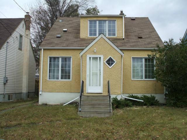 Main Photo: 399 Deschambault Street in WINNIPEG: St Boniface Residential for sale (South East Winnipeg)  : MLS®# 1221335