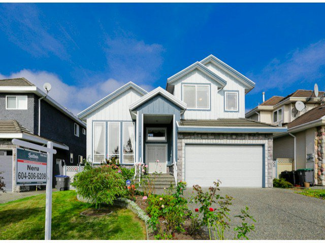 Main Photo:  in Surrey: Bear Creek Green Timbers House for sale : MLS®# F1424449