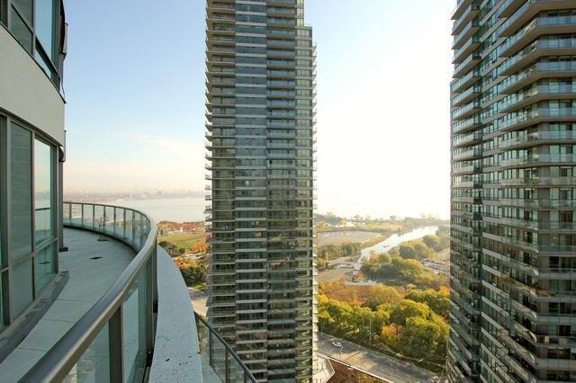 Photo 8: Photos: 2401 15 Legion Road in Toronto: Mimico Condo for sale (Toronto W06)  : MLS®# W3304755