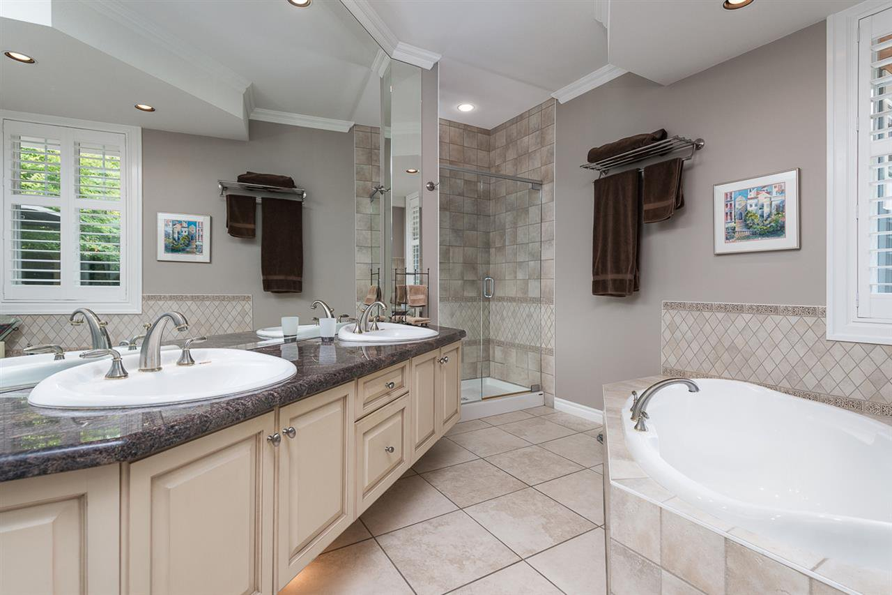 """Photo 14: Photos: 52 15715 34 Avenue in Surrey: Morgan Creek Townhouse for sale in """"WEDGEWOOD"""" (South Surrey White Rock)  : MLS®# R2130626"""