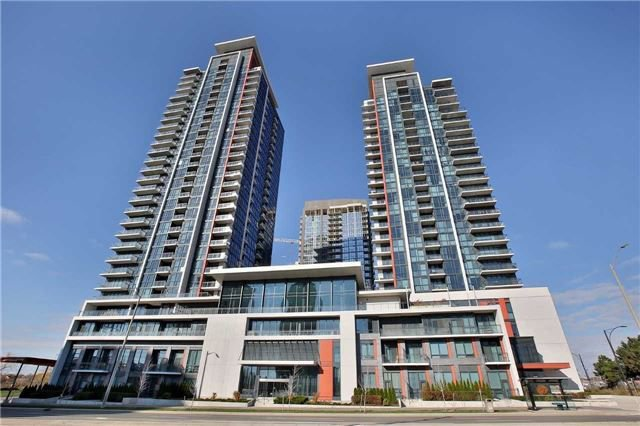 Main Photo: 303 75 W Eglinton Avenue in Mississauga: Hurontario Condo for sale : MLS®# W3981219