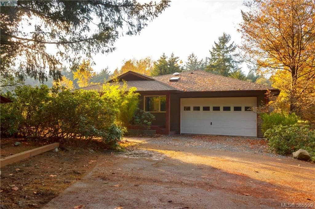Main Photo: 5720 Oldfield Rd in VICTORIA: SW West Saanich Single Family Detached for sale (Saanich West)  : MLS®# 774656
