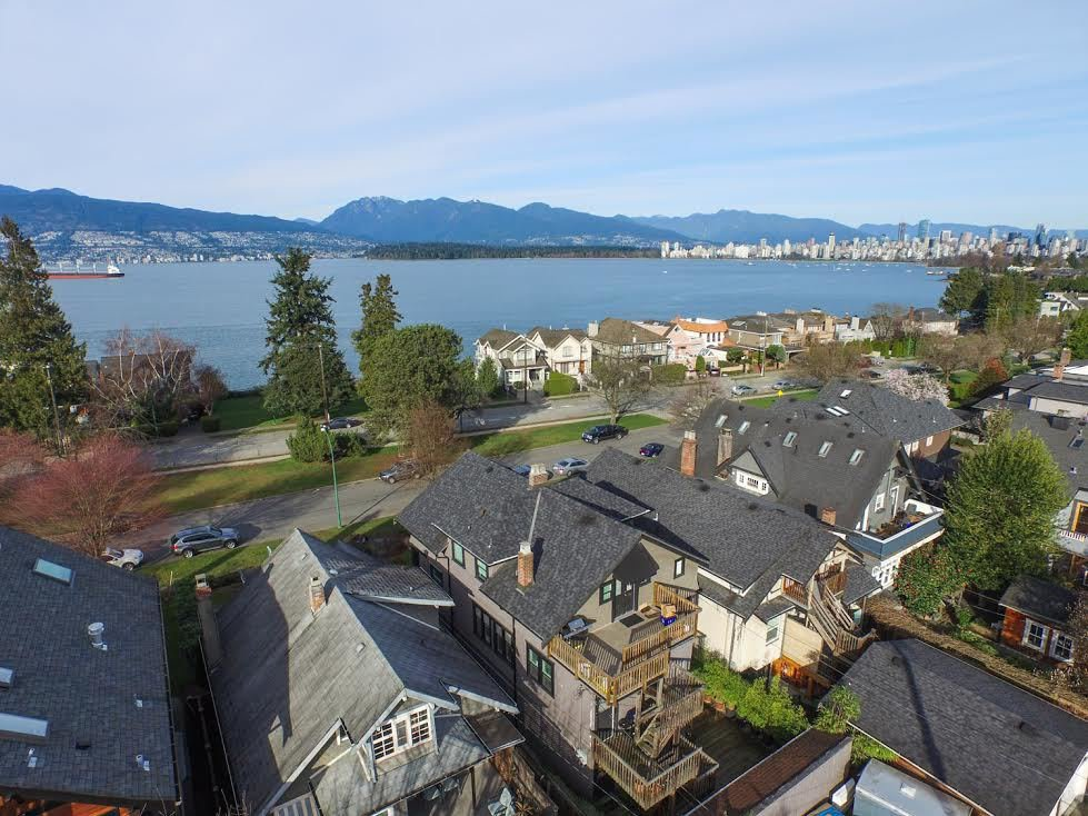 Main Photo: 3236 West 1st Ave in Vancouver: Home for sale : MLS®# V1106157