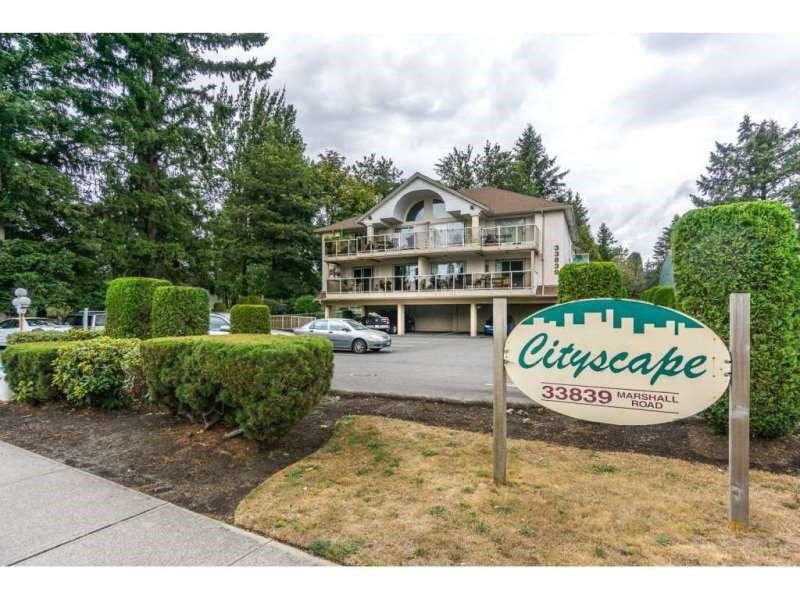 """Main Photo: 103 33839 MARSHALL Road in Abbotsford: Central Abbotsford Condo for sale in """"Cityscape"""" : MLS®# R2242041"""