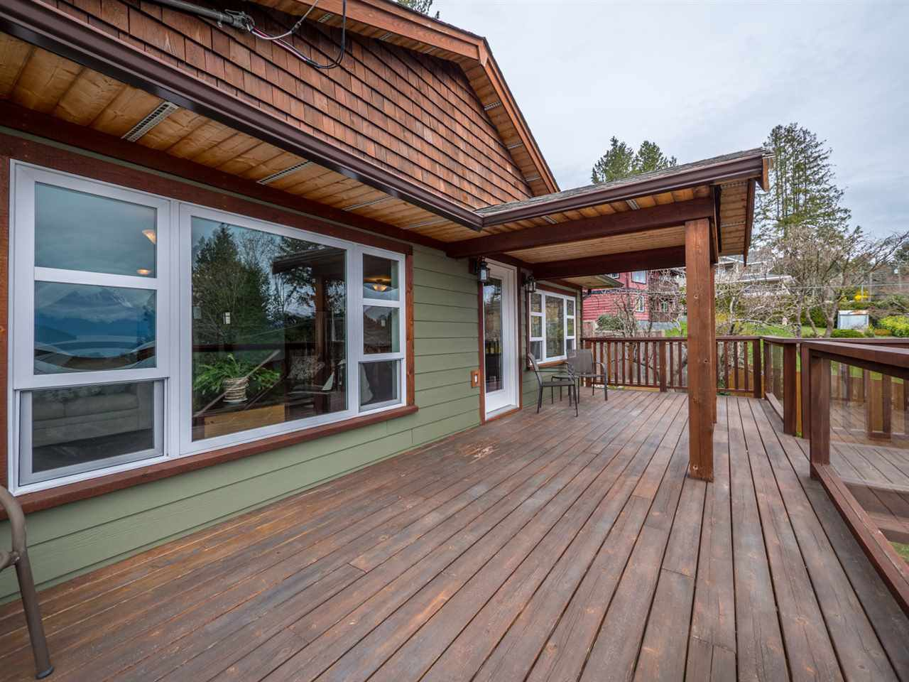 Photo 15: Photos: 588 N FLETCHER Road in Gibsons: Gibsons & Area House for sale (Sunshine Coast)  : MLS®# R2254074