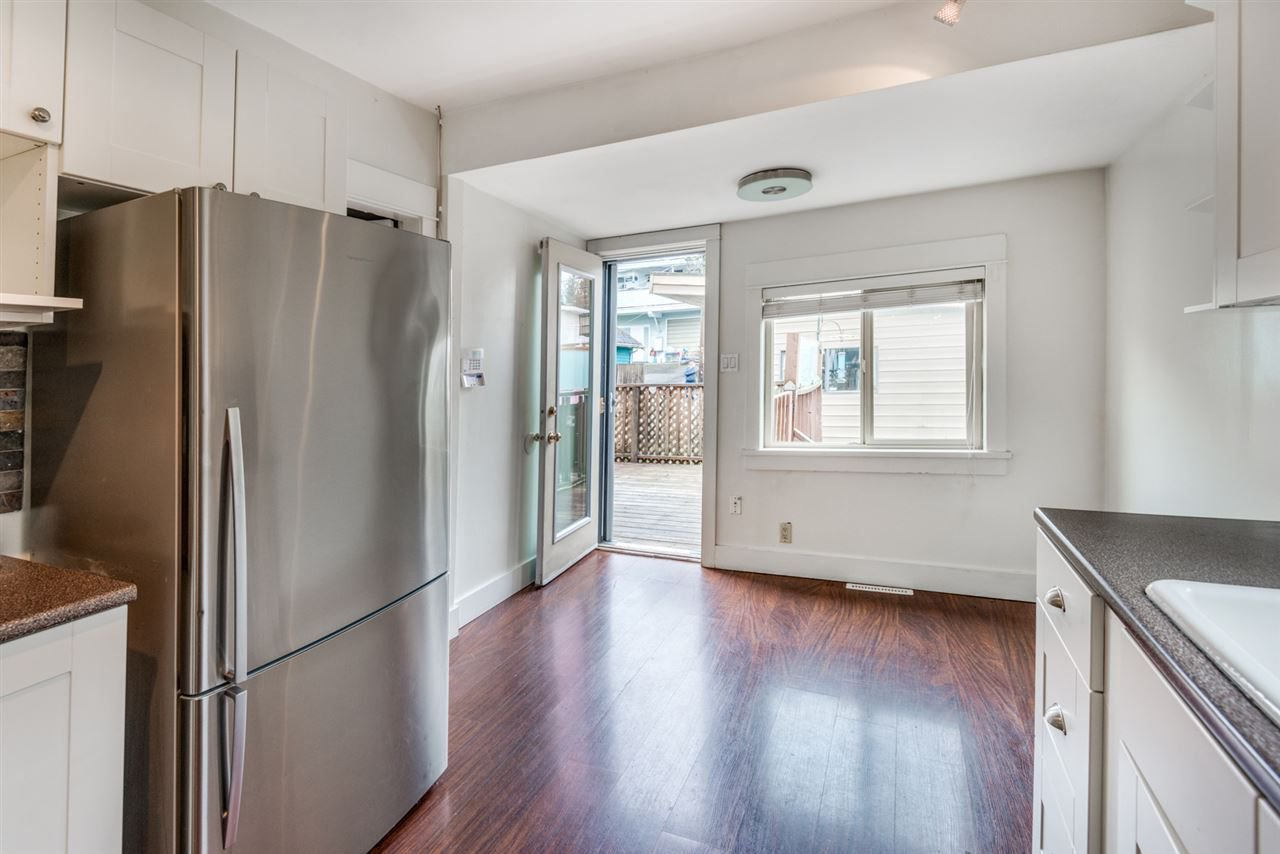 Photo 9: Photos: 2576 E 28TH Avenue in Vancouver: Collingwood VE House for sale (Vancouver East)  : MLS®# R2265530