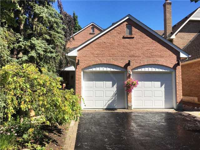 Main Photo: 4 Basswood Hollow in Markham: Unionville House (2-Storey) for sale : MLS®# N4161427
