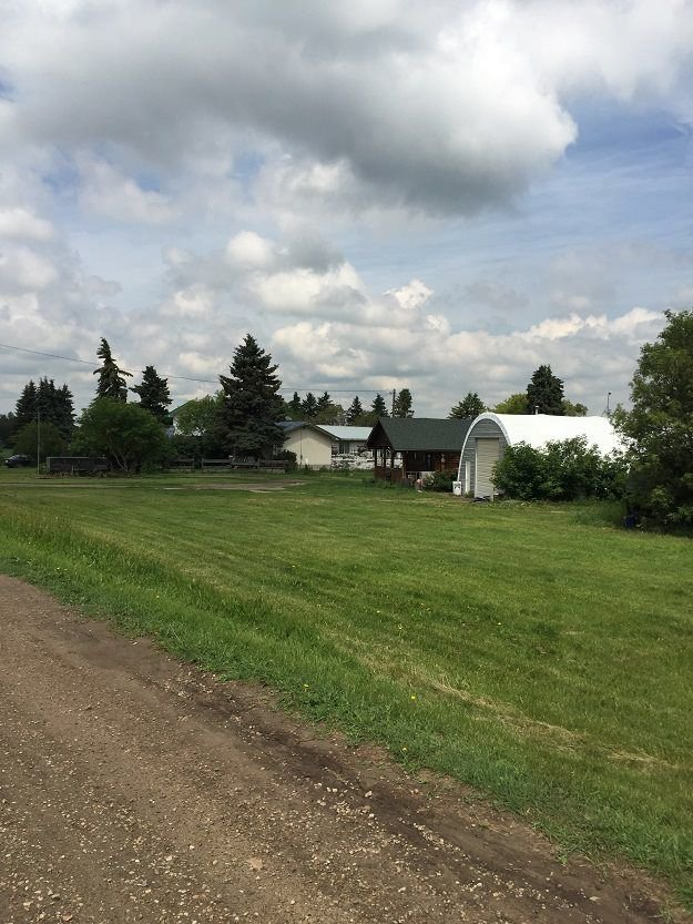 Main Photo: 26516 A Highway 16A: Rural Parkland County Rural Land/Vacant Lot for sale : MLS®# E4119668