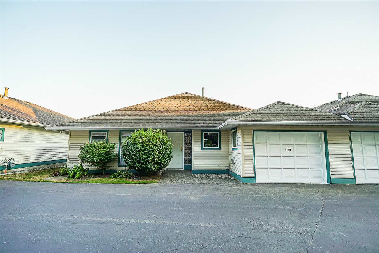 """Main Photo: 120 10172 141 Street in Surrey: Whalley Townhouse for sale in """"Camberley Green"""" (North Surrey)  : MLS®# R2303315"""