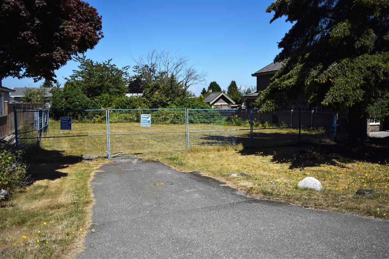 Main Photo: 15493 18 AVENUE in : King George Corridor Land for sale : MLS®# R2094108