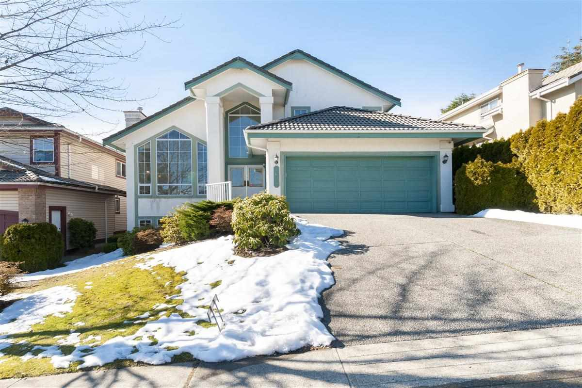 Photo 1: Photos: 1638 PINETREE Way in Coquitlam: Westwood Plateau House for sale : MLS®# R2342313
