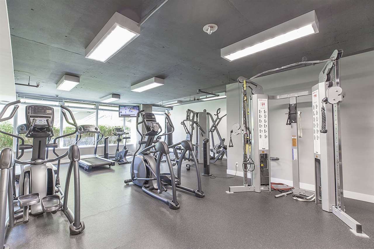 """Photo 15: Photos: 371 250 E 6TH Avenue in Vancouver: Mount Pleasant VE Condo for sale in """"THE DISTRICT"""" (Vancouver East)  : MLS®# R2374197"""