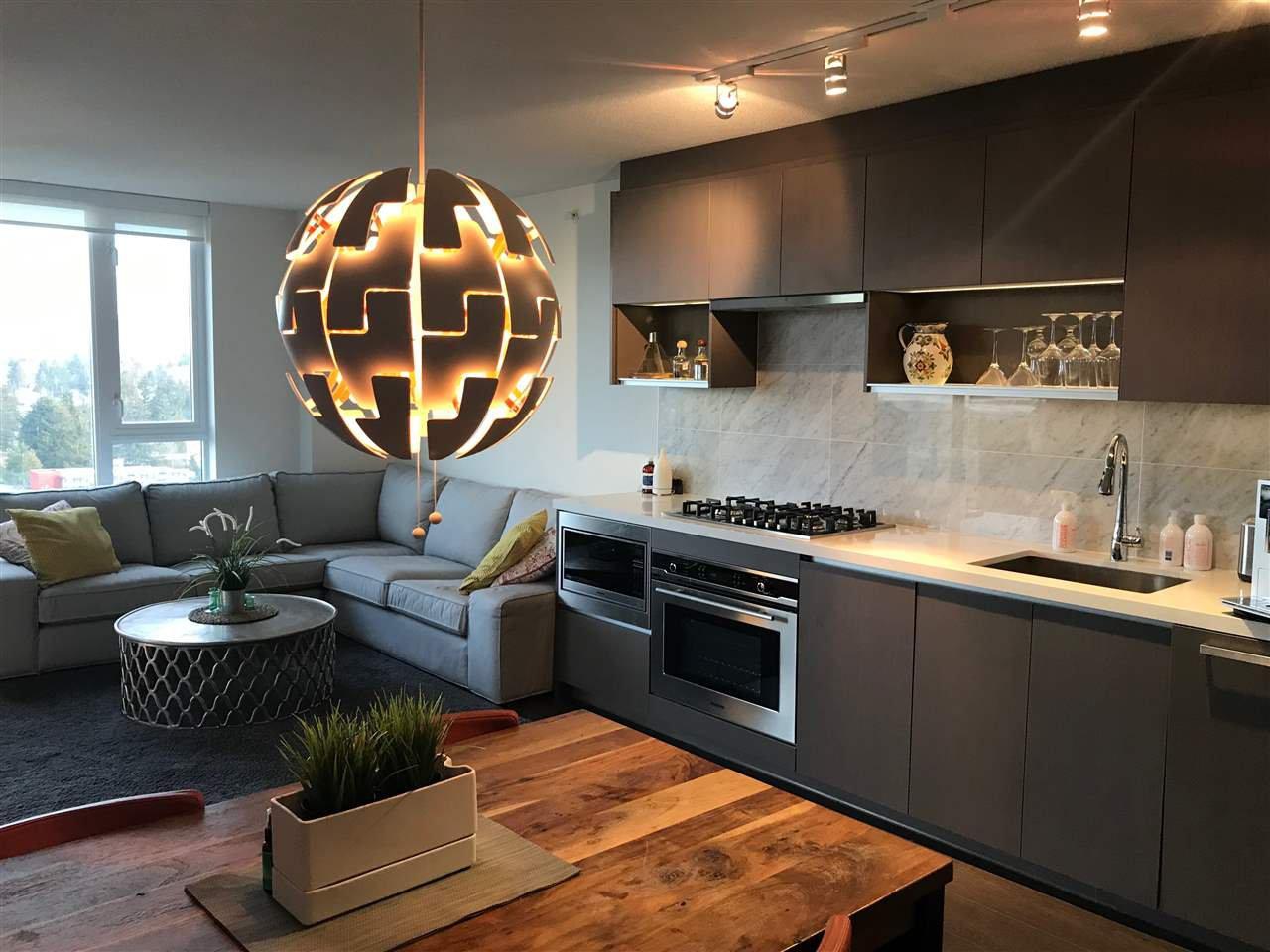 """Main Photo: 2509 13750 100 Avenue in Surrey: Whalley Condo for sale in """"PARK AVENUE"""" (North Surrey)  : MLS®# R2479656"""