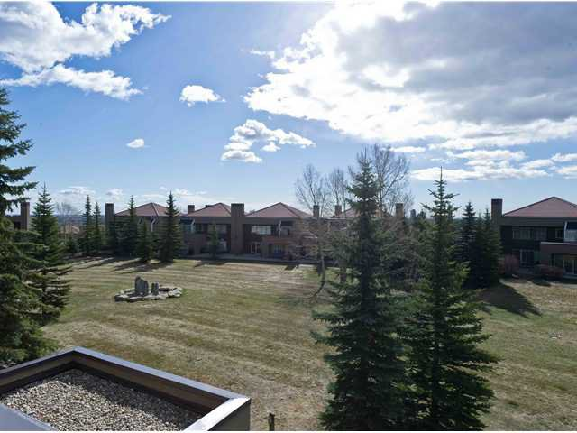 Main Photo: 5 108 VILLAGE Heights SW in CALGARY: Prominence Patterson Condo for sale (Calgary)  : MLS®# C3486250