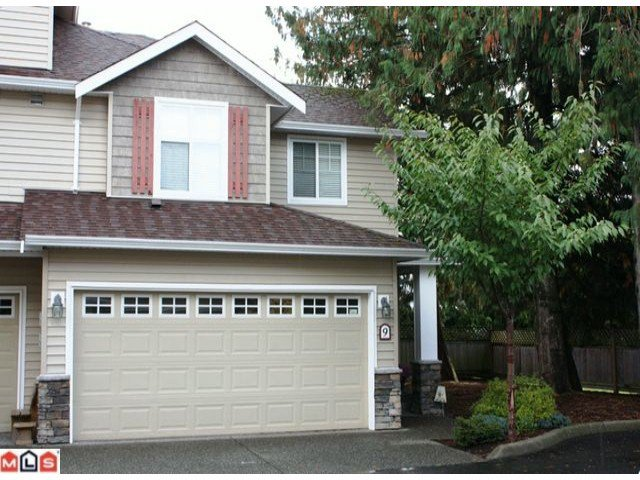 "Main Photo: 9 45152 WELLS Road in Sardis: Sardis West Vedder Rd Townhouse for sale in ""MAYBERRY LANE"" : MLS®# H1104382"