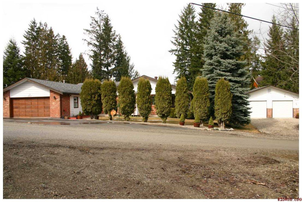 Main Photo: 2705 Tranquil Place: Blind Bay Residential Detached for sale (Shuswap Lake)  : MLS®# 10044258