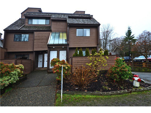 """Main Photo: 3351 MOUNTAIN Highway in North Vancouver: Lynn Valley Townhouse for sale in """"VILLAGE ON THE CREEK"""" : MLS®# V1044086"""
