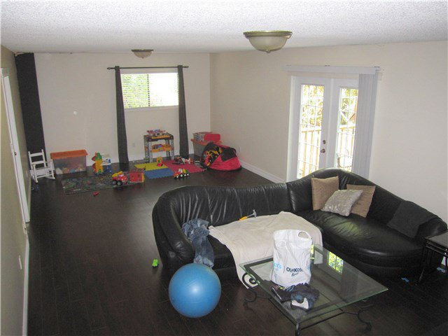 Photo 6: Photos: 23245 DOGWOOD Avenue in Maple Ridge: East Central House for sale : MLS®# V1135765