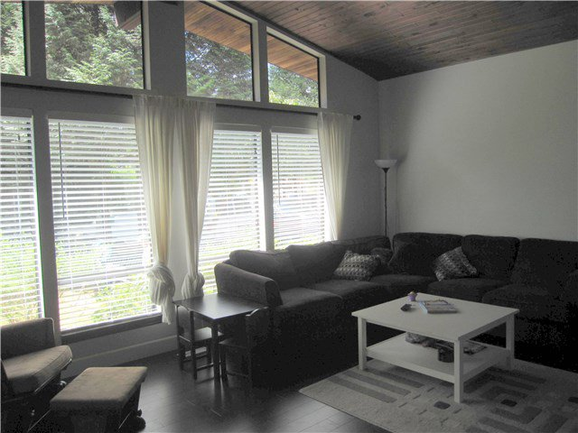 Photo 2: Photos: 23245 DOGWOOD Avenue in Maple Ridge: East Central House for sale : MLS®# V1135765