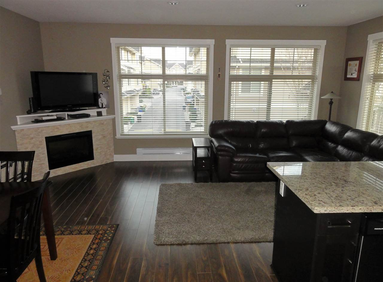 """Photo 10: Photos: 47 19525 73 Avenue in Surrey: Clayton Townhouse for sale in """"Uptown"""" (Cloverdale)  : MLS®# R2014205"""
