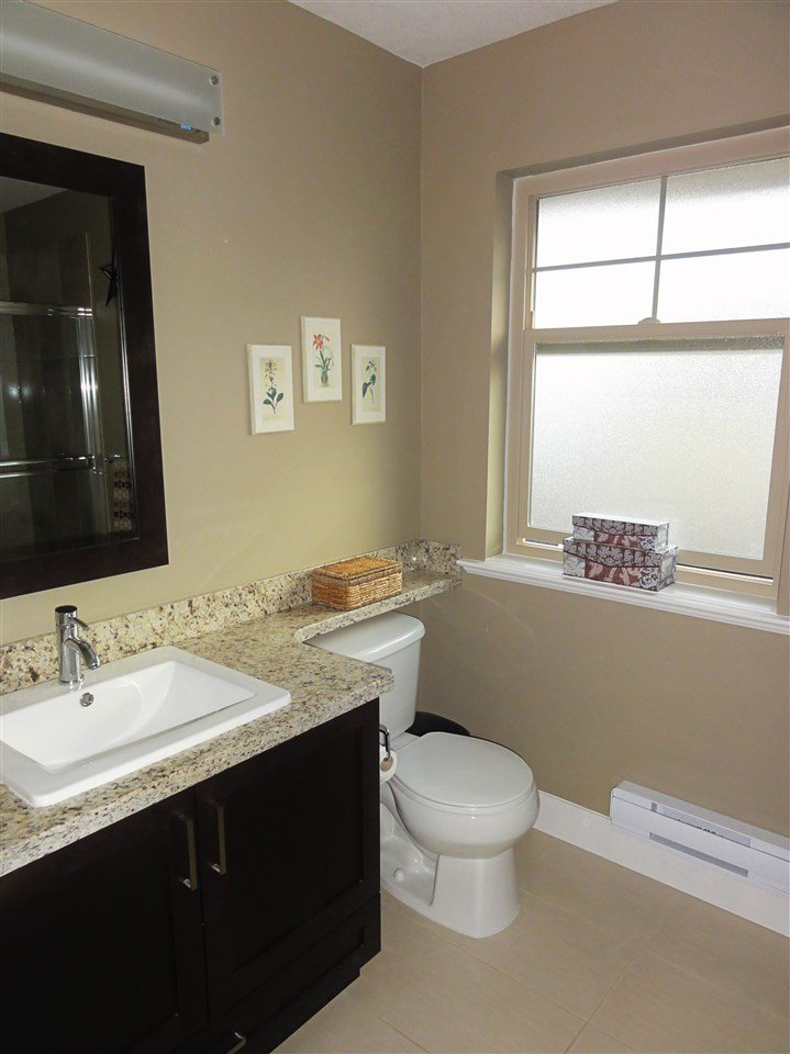 """Photo 13: Photos: 47 19525 73 Avenue in Surrey: Clayton Townhouse for sale in """"Uptown"""" (Cloverdale)  : MLS®# R2014205"""