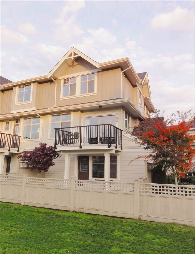 """Photo 18: Photos: 47 19525 73 Avenue in Surrey: Clayton Townhouse for sale in """"Uptown"""" (Cloverdale)  : MLS®# R2014205"""