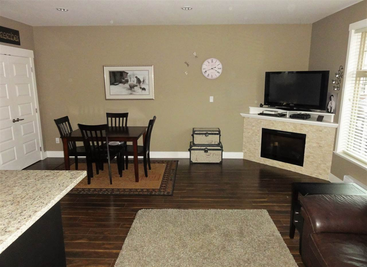 """Photo 11: Photos: 47 19525 73 Avenue in Surrey: Clayton Townhouse for sale in """"Uptown"""" (Cloverdale)  : MLS®# R2014205"""