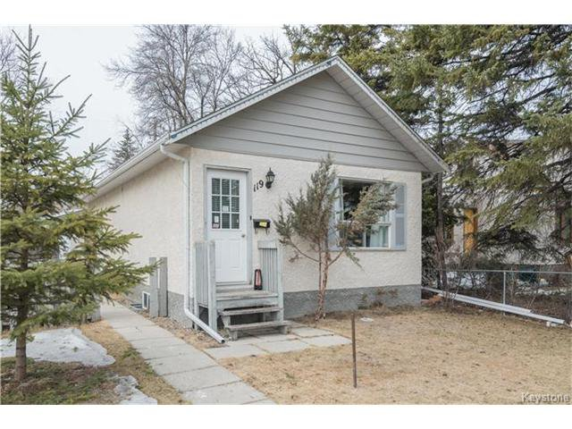 Main Photo: 119 Guay Avenue in Winnipeg: St Vital Residential for sale (2D)  : MLS®# 1704073