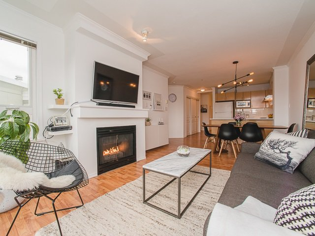 """Main Photo: 417 4989 DUCHESS Street in Vancouver: Collingwood VE Condo for sale in """"The Royal Terrace"""" (Vancouver East)  : MLS®# R2149960"""