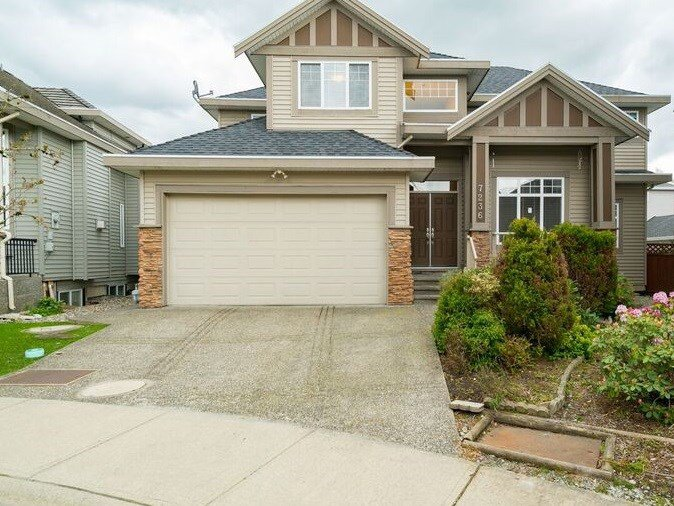 "Main Photo: 7236 202 Street in Langley: Willoughby Heights House for sale in ""JERICO RIDGE"" : MLS®# R2168085"