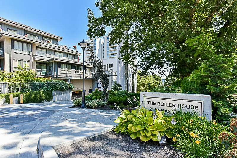 "Main Photo: 104 240 FRANCIS Way in New Westminster: Fraserview NW Condo for sale in ""THE GROVE"" : MLS®# R2190309"