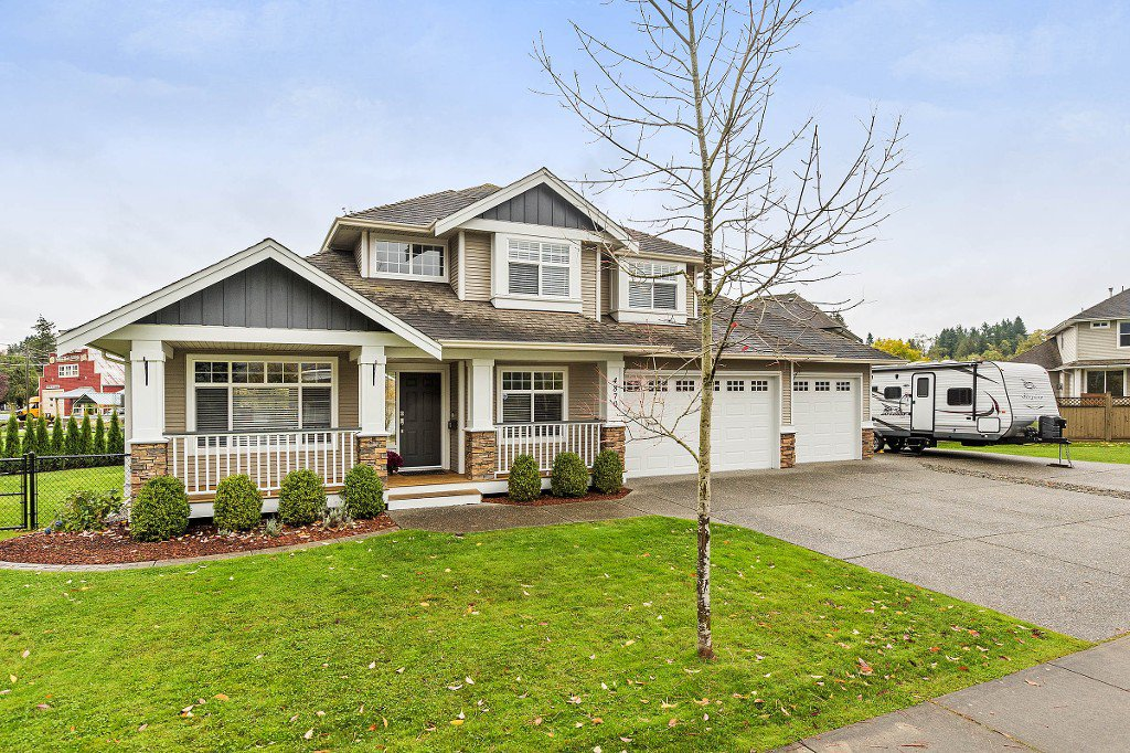 "Main Photo: 4870 214A Street in Langley: Murrayville House for sale in ""MURRAYVILLE"" : MLS®# R2215850"