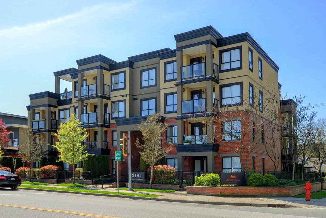 """Main Photo: 107 2191 SHAUGHNESSY Street in Port Coquitlam: Central Pt Coquitlam Condo for sale in """"SIGNATURE"""" : MLS®# R2260403"""