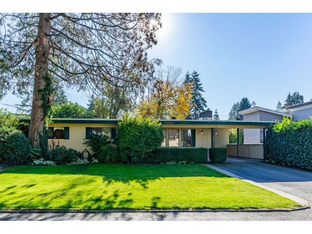 """Main Photo: 32232 PINEVIEW Avenue in Abbotsford: Abbotsford West House for sale in """"Clearbrook"""" : MLS®# R2318220"""