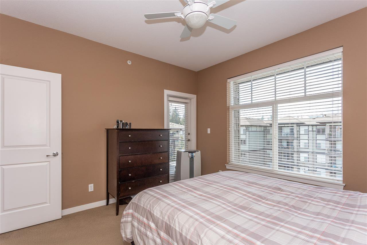 "Photo 12: Photos: 409 33338 MAYFAIR Avenue in Abbotsford: Central Abbotsford Condo for sale in ""The Sterling"" : MLS®# R2346998"