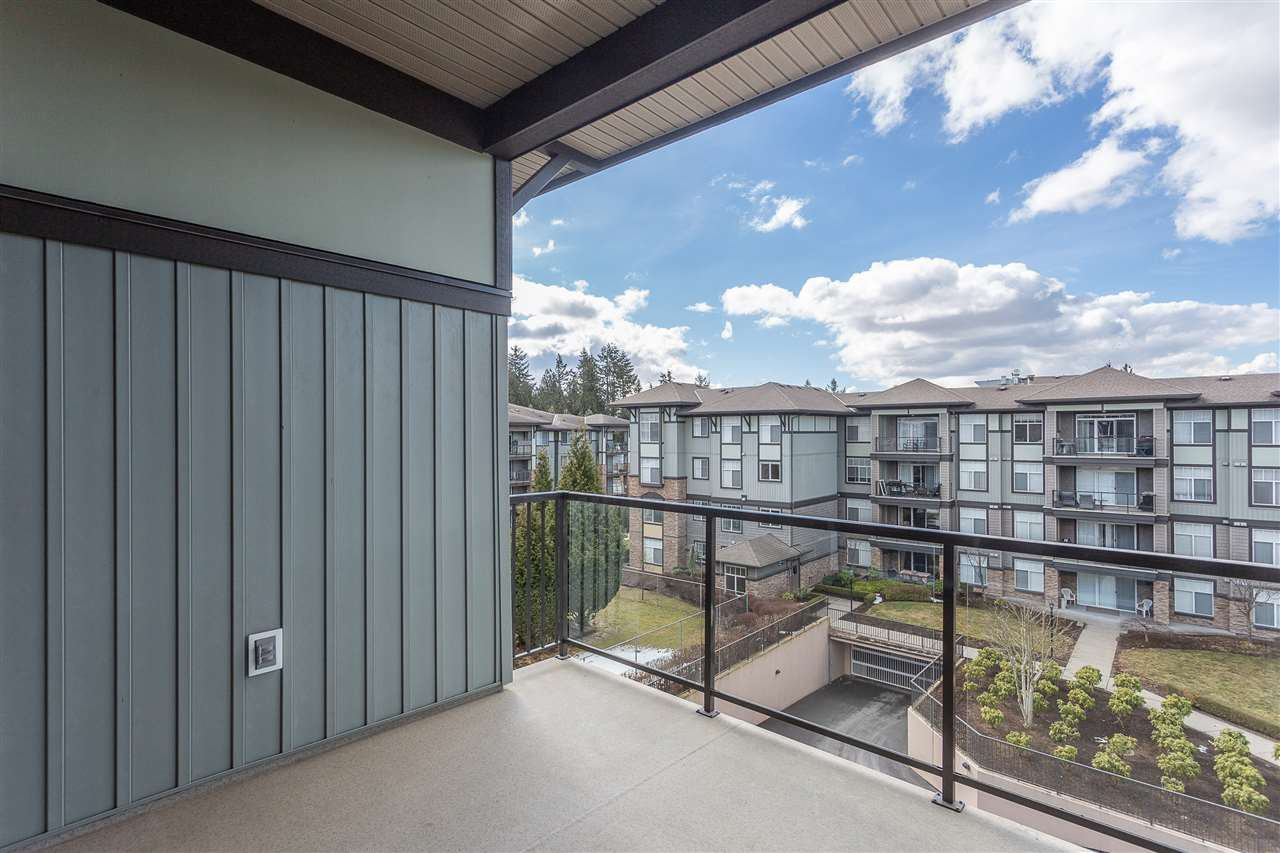 "Photo 19: Photos: 409 33338 MAYFAIR Avenue in Abbotsford: Central Abbotsford Condo for sale in ""The Sterling"" : MLS®# R2346998"