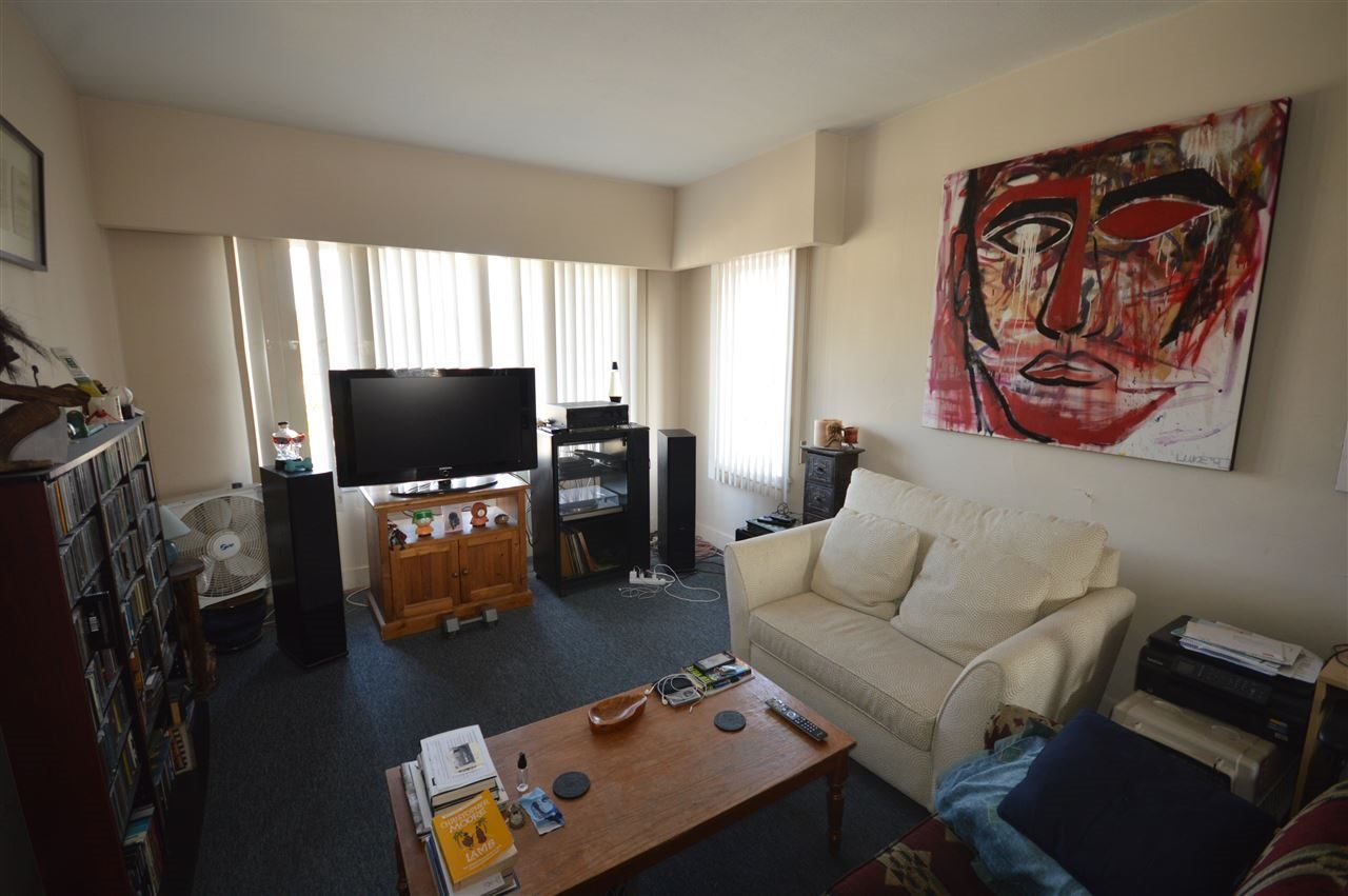 Photo 11: Photos: 5260 INVERNESS Street in Vancouver: Knight House for sale (Vancouver East)  : MLS®# R2355586