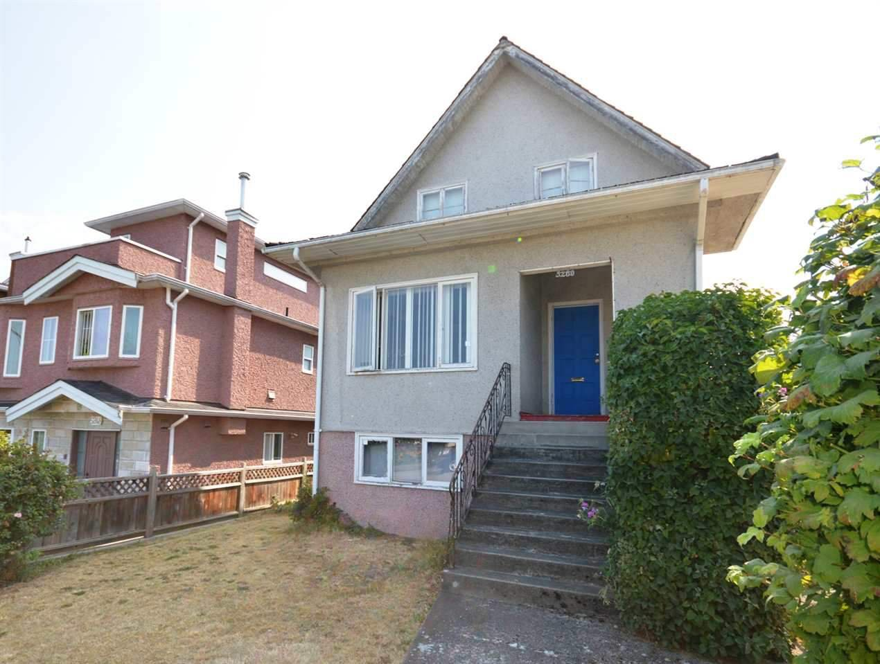 Photo 2: Photos: 5260 INVERNESS Street in Vancouver: Knight House for sale (Vancouver East)  : MLS®# R2355586