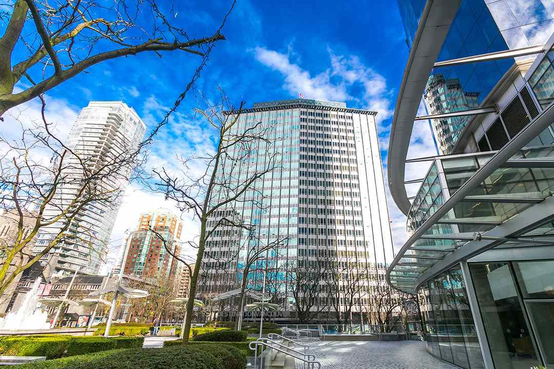 "Main Photo: 1313 989 NELSON Street in Vancouver: Downtown VW Condo for sale in ""ELECTRA"" (Vancouver West)  : MLS®# R2417714"